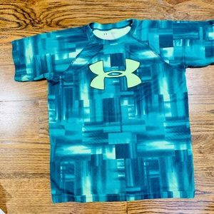 Under Armour Heat Gear Youth Large Tee